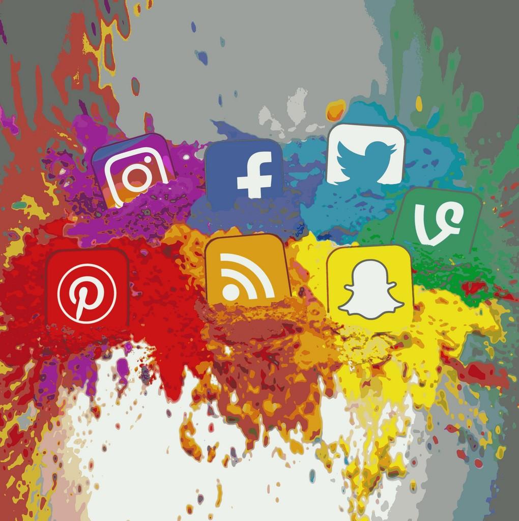 languages social media